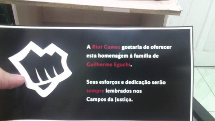 Riot Brasil faz uma homenagem-2