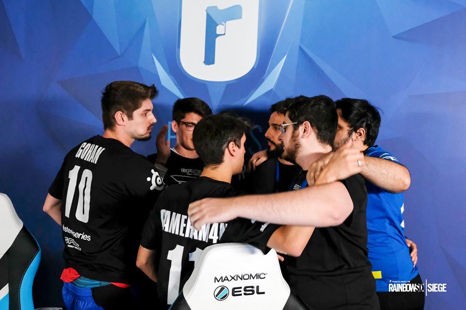 FaZe Clan é eliminada do Six Major Paris  quartas de final são definidas -  Mais e-Sports 6b5df96565787