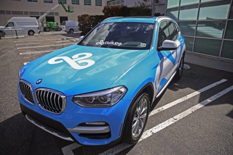 Foto de uma BMW customizada da Cloud9