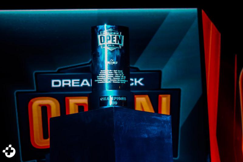 Troféu da DreamHack Open Rio