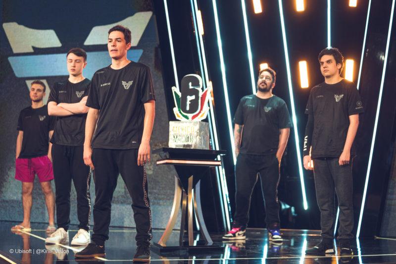 Team One se apresenta para a final do Six Major México