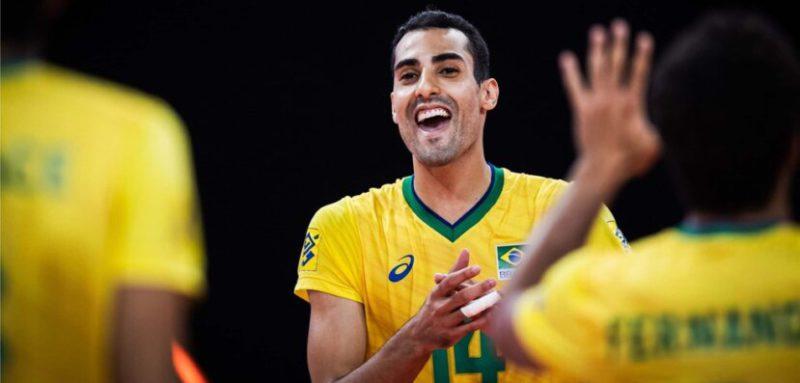 Douglas Souza em atuação pelo Brasil no vôlei